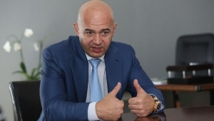Украина, Верховная рада, Кабмин, Абромавичус, Кононенко