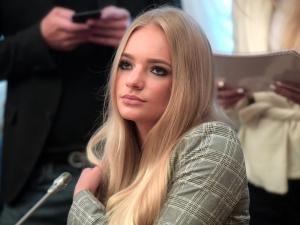 лиза пескова, статья, плагиат, соцсети, статья песковой в Forbes, новости россии, Instagram