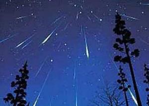 метеоритный поток, звездопад, галактика Персея, космос, астрономия