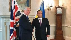 Великобритания, Ланкастер, Полторак, встреча, Украина, политика, общество, ВСУ, Армия Украины