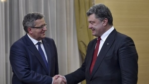 Порошенко, переговоры, Комаровский, антироссийские санкции, восток Украины