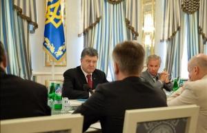 Порошенко, СНБО, война в Донбассе, переселенцы, восток Украины, политика, общество