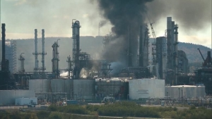завод, канадский, взрыв, Канада, столб, дыма, жители, ЧП, Сент Джон, СМИ, очевидцы, произошел, информации