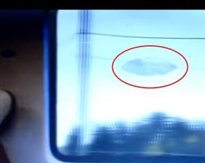 новости, НЛО, инопланетяне, диск, космический корабль, пришельцы, преследование, поезд, видео