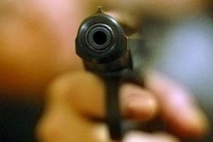 Киев, неосторожное обращение с оружием, Оболонское РУ милиции, ранение в голову