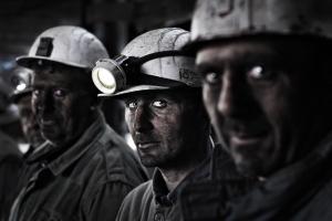 Волынец, шахтеры, задолженность по зарплате, остановлены шахты, забастовка