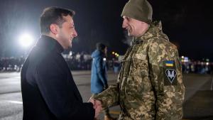 Зеленский, пленные, обмен, Юрий Бутусов, мнение, реакция соцсетей, ООС, Украина