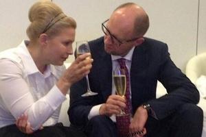 Украина, Тимошенко, Батькивщина, Яценюк, Народный фронт, Аслунд, политика, верховная рада, кабмин, общество