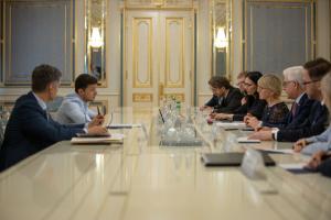 Украина, Политика, Зеленский, Санкции, Давление, Польша, Швеция.