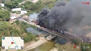 Венесуэла, Америка, экономика, Мадуро, происшествия, Бразилия, граница, гуманитарная помощь, Гуайдо