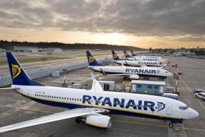 Ryanair, туризм, отдых заграницей, путешествия, лоу-кост перевозчик, Ryanair в Украине, Омелян, Борисполь, события, отмена, отмена авиаперелетов