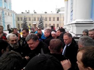Порошенко, Евромайдан, Ночь памяти, Украина, общество, политика, молитва за Украину