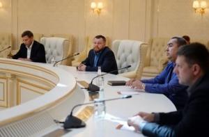 юго-восток, Донецк, Донецкая республика, ДНР, Порошенко, мир в Украине, АТО, Нацгвардия, Минск переговоры