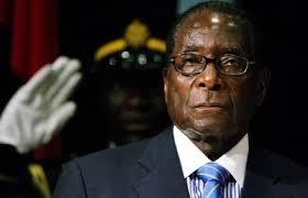 Президент, Зимбабве, Роберт Мугабе, упал, лестница, аэропорт
