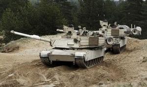 литва,  Юозас Олекас, военное оборудоваие, сша, танки Abrams, боевые машины Bradley