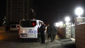Турция, теракт, полицейские, полицейский автомобиль, взрыв, ракета, происшествия