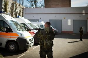 """луганск, """"лнр"""", вызов скорой, медики в """"лнр"""", больные в """"лнр"""", происшествия, общество, украина"""