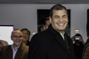 Эквадор, президент, футболка, общество, фото, поклонник, политика, курьезы