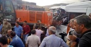 турция, дтп, микроавтобус, фото, строительный кран, жертвы, пострадавшие, происшествия