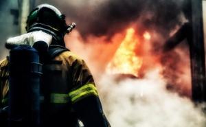 Киев, происшествия, пожар, Вишневое, склад вторсырья, жд, поезда