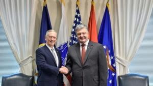 Петр Порошенко, Джеймс Мэттис, США, Российская агрессия, Министр обороны, Встреча, День независимости