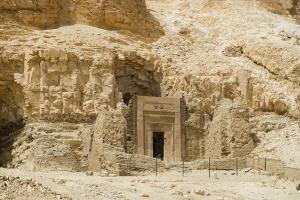 новости, Древний Египет, раскопки, Саккара, Мемфис, гробница, находки археологов, мумии животных, статуи, история