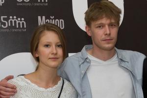 Никита Ефремов, актер, артист, Яна Гладких, актриса, беременность, порок сердца, ребенок, мальчик степа, экс-супруги, деньги, операция