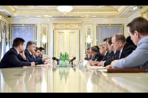 порошенко, европарламент, россия, минские договоренности, выборы, наблюдатели