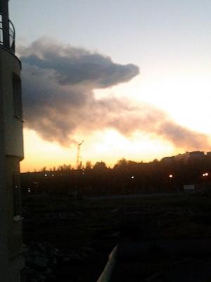 донецк, пожар, столб дыма