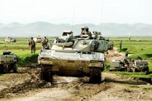 Эстония, Нидерланды, вооружение, Евросоюз, военная угроза, политика