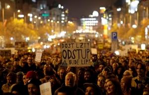 протесты, митинги, Чехия, Прага, Андрей Бабиш, Крым, Милош Земан, новости, коррупция