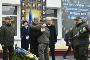 порошенко, добровольцы, батальон кульчицкого, нацгвардия, всу, армия украины, россия, война на донбассе