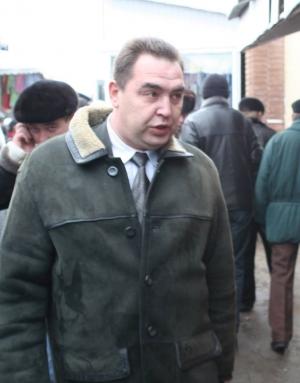 плотницкий, инспектор, восточный рынок луганска, кадры, фото, лнр, луганск, донбасс, терроризм, главарь лнр, новости украины