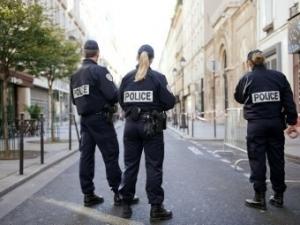 Франция, Париж, полиция, наркотики, скандал