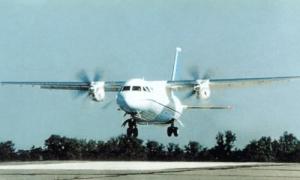 Ан-140, Авиакор, Алексей Гусев, украино-российские отношения, бизнес, самолет