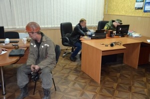 краснолиманская, красноармейск, происшествия, похищен замгендиректора восток украины, бтр, вооруженные людив