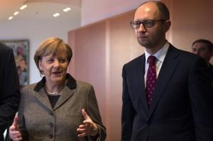 меркель, яценюк, общество, происшествия, новости украины, политика