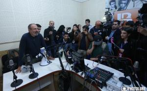 армения, ереван, акци протеста, радио, сргсян, скандал