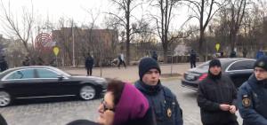 Майдан, Беркут, скандал, Зеленский, охрана, препятствие, мемориал