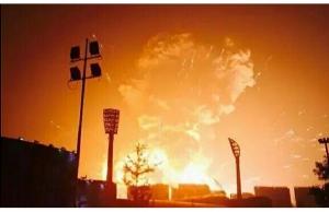 Тяньцзинь, китай, взрыв, химические вещества, спасатели, склад