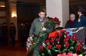 """захарченко, донецк, """"днр"""", похороны гиви, терроризм, фото, соцсети, донбасс, новости украины"""