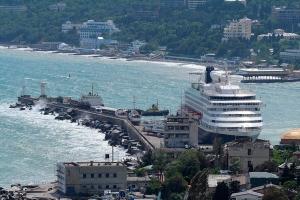 Крым, турецкое судно, санкции. запре на вход, Ялта, аннексия, Россия