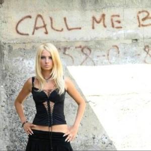 голы девушка барби фото