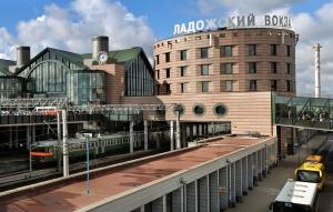 ладожский возкал, происшествие, труп на проводах, питер, новости питера, новости россии, рф, санкт-петербург