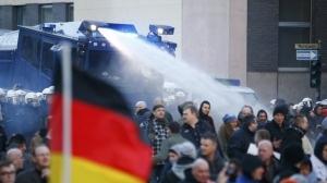 Россия, Германия, политика, общество, протест, ПЕГИДА, Кёльн, Lifenews , журналистика, Камиль Фаткуллин