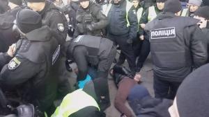 савченко, киев, полиция, драка, майдан, происшествия, фото