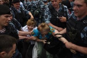Кремль, Россия, Москва, Голунов, журналист, марш, избиения, арест, стычки, наркотики