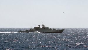 эсминец, иран, грузовое судно, персидский залив, происшествия, огонь, вмс сша