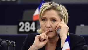 Ле Пен, Франция, кандидат, иммунитет, снятие, Европарламент, заседание, рассмотрение, юстиция, Жома Дюша