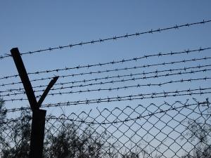 крым, колючая проволока, граница, украина, сша